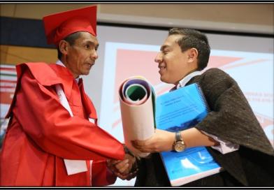 Galería de fotos – Ceremonia de grado 'Palabras Mayores'