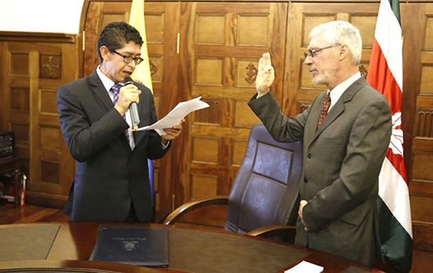 Juan Carlos Martínez Martín asumió como secretario de Educación de Boyacá
