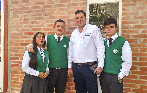 Los resultados que deja Mauricio Fonseca como secretario de Educación