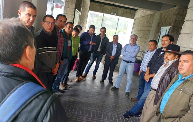 Gobernador cumple compromisos con la Normal de Güicán de la Sierra