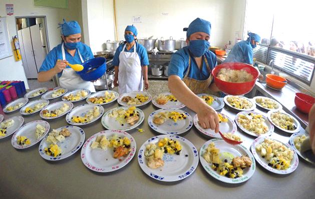 Gestión del Gobernador mejorará la prestación alimentaria escolar a más de 30.000 estudiantes